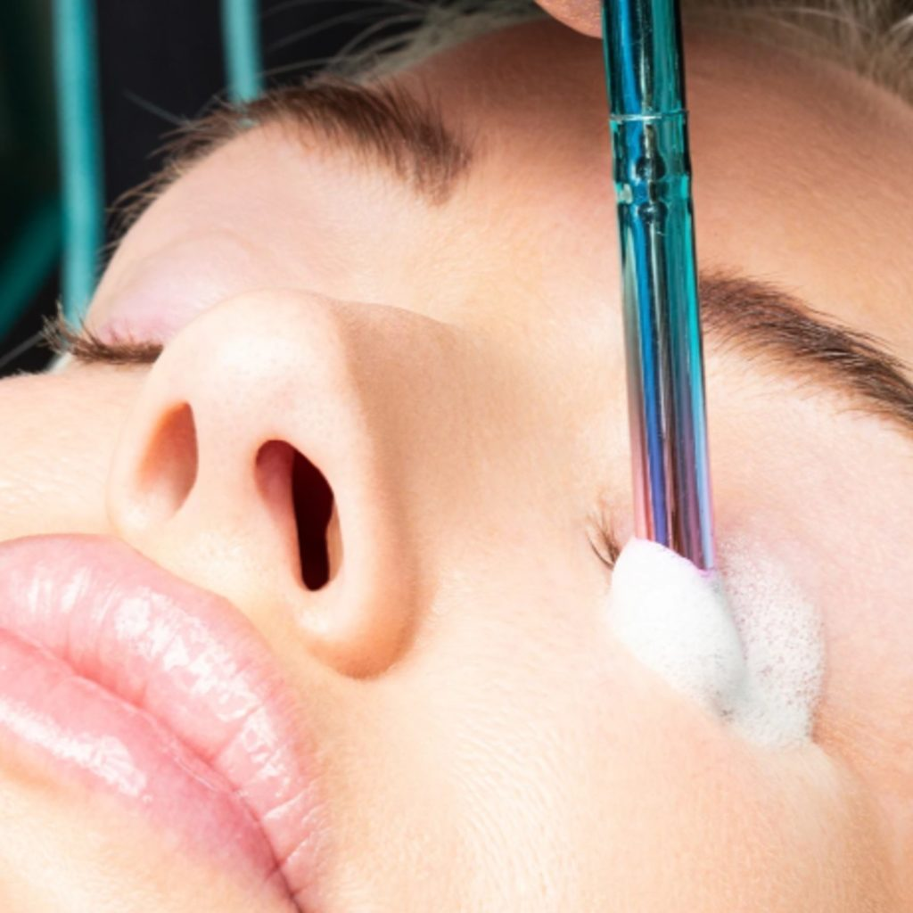 Why it's important to wash your eyelash extensions